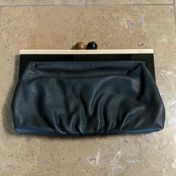 kate spade Handbags - Kate Spade Bixby Clutch. Black.